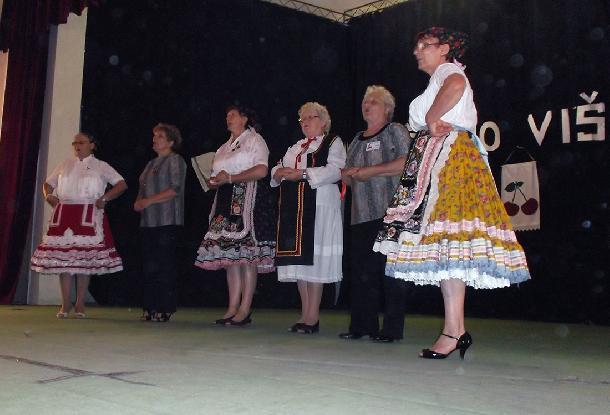Caro-visien-Aktiv-zien--spevacka-skupina.jpg
