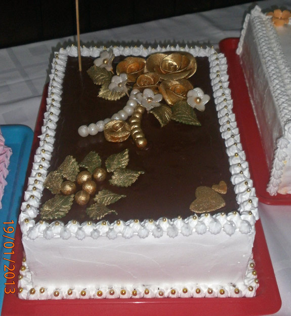 Najkrajsia-a-najchutnejsia-torta-Zlata-ruza-Elenki-Hucokovej.jpg